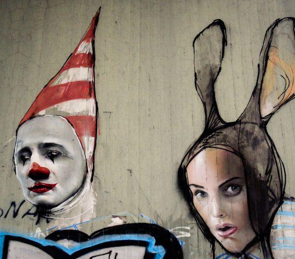 graffiti-2212648_1920.jpg